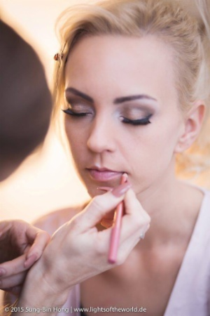 Brautstyling, Brautfrisur & Braut-Make-up